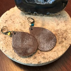 "2.5"" Brown distressed leather earrings"
